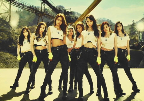 "Review: Girls Generation ""Catch Me If You Can"""