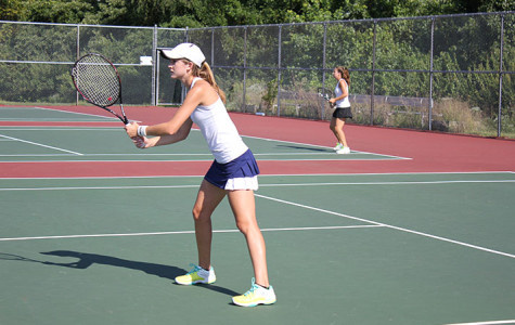 Varsity girls tennis aces beginning of season, to play Lafayette today