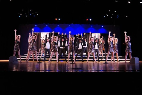Show choir dances, sings their way to competition this competition season