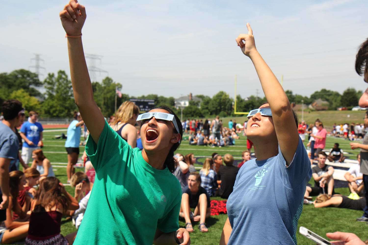 Photo Gallery: MHS students witness the eclipse