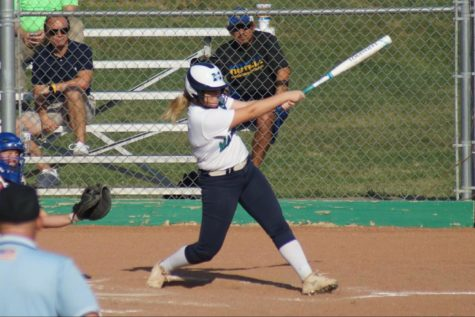 MHS drops lead, loses 8-6 to Francis Howell in extra innings