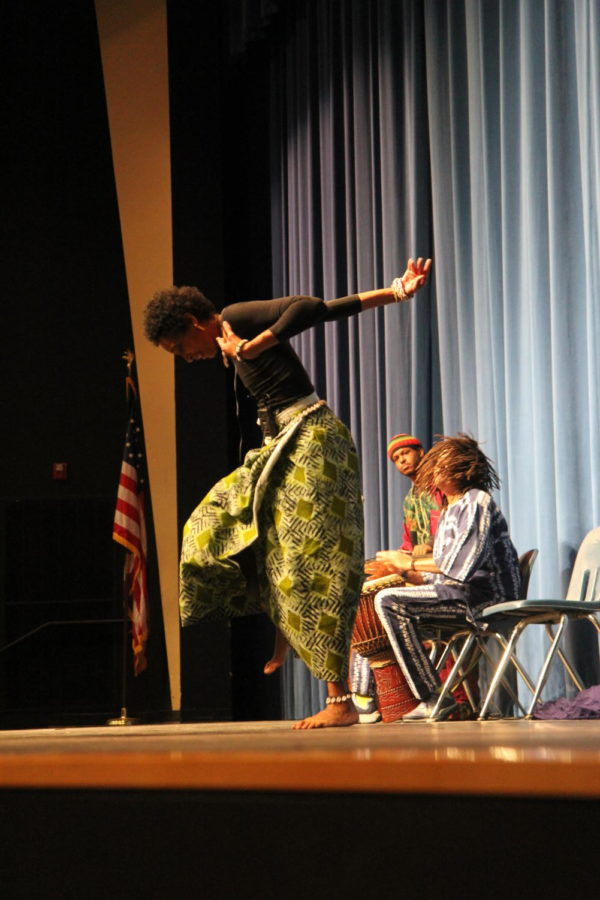 DeBorah+Ahmed%2C+performer%2C+dances+an+African+dance+known+as+Fanga.+During+Black+History+month%2C+MHS+hosted+two+presentations.